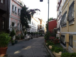 Side street in Istanbul-Breezing Through Blog