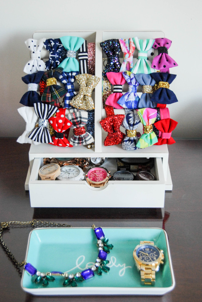 How I Organize My Jewelry | Breezing Through 5