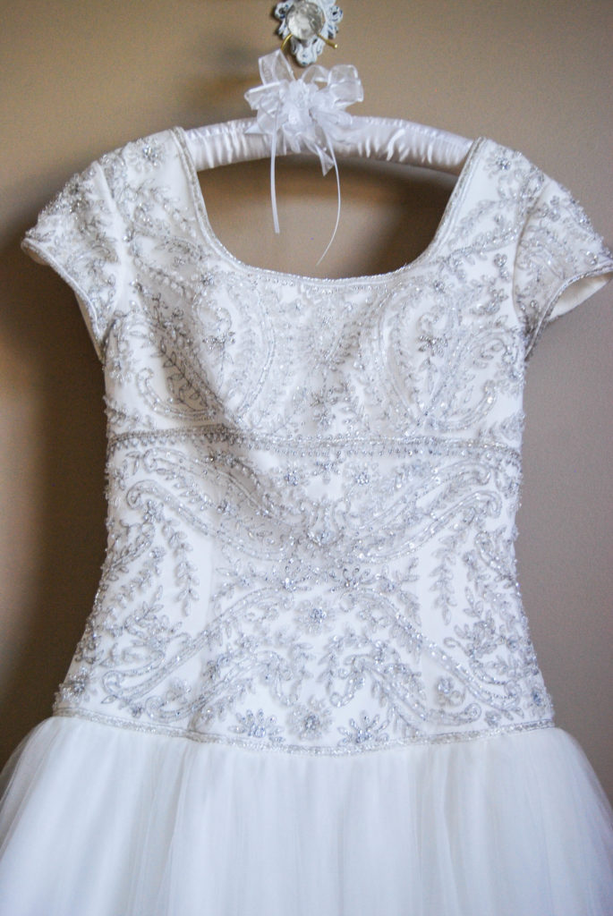 What To Do With Your Wedding Dress| Breezing Through-3